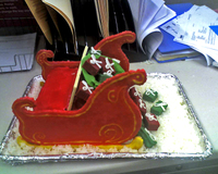 Chans_sleigh_cake_side